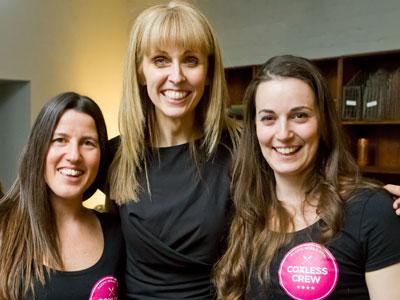 Fiona Tatton (centre) with Natalia Cohen and Laura Penhaul of Coxless Crew