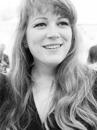 Leonora Saunders