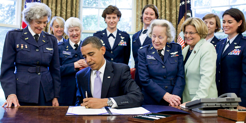 Women Airforce Service Pilots awarded Congressional Gold Medal for service