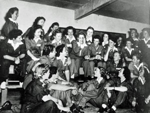 Jackie Cochran and Women Airforce Service Pilot trainees