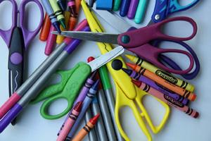 Crayons, felt tip pens and scissors