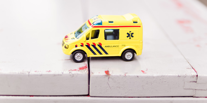 Toy-ambulance