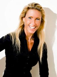 Chrissie-Lightfoot - Robot Lawyer LISA