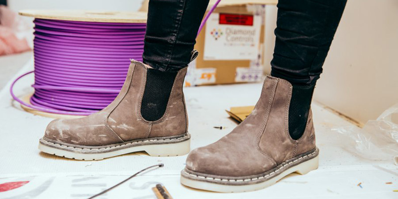 Dr-Martens-Womens Industrial collection