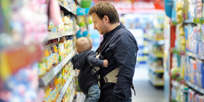 Father in supermarket