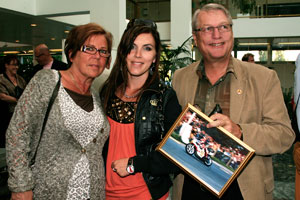 Nita Korhonen and her parents