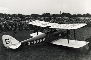 Amy Johnson in her plane arriving in Hull