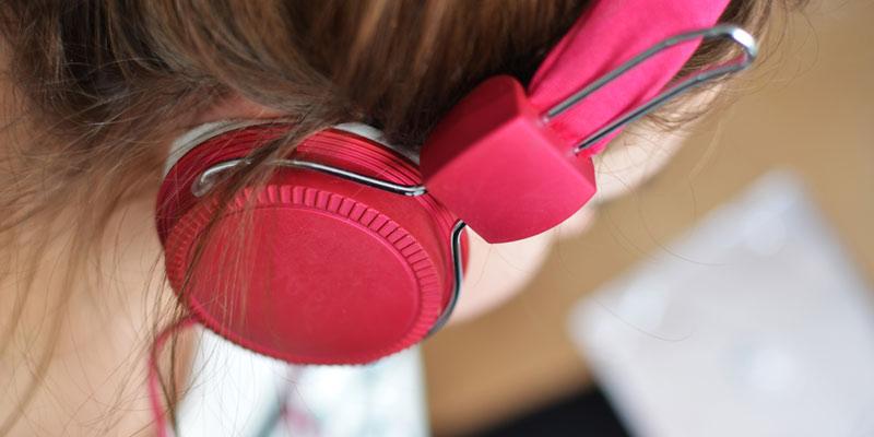 Woman-in-headphones