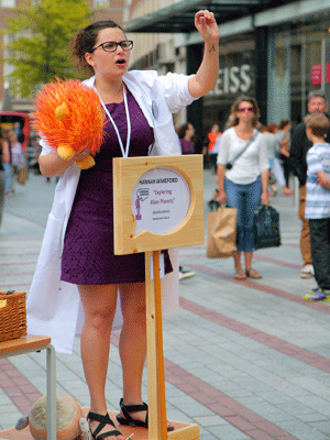 Hannah Wakeford at Soapbox Science in Exeter in 2015